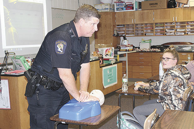 Junior Citizens Academy participants learn to save lives