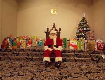 Local groups raise holiday spirits