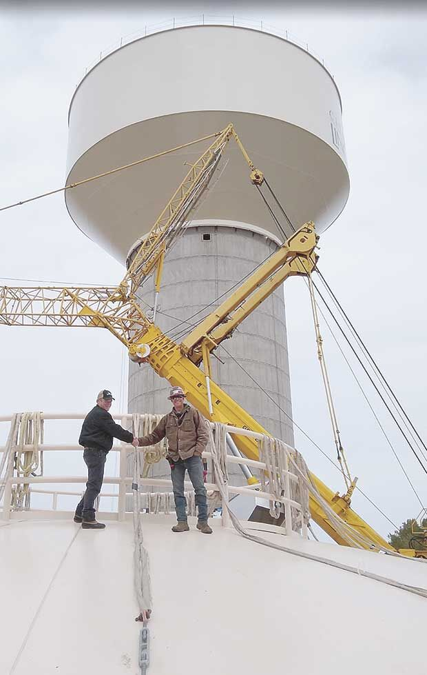 Lino Lakes water tower bowl installed