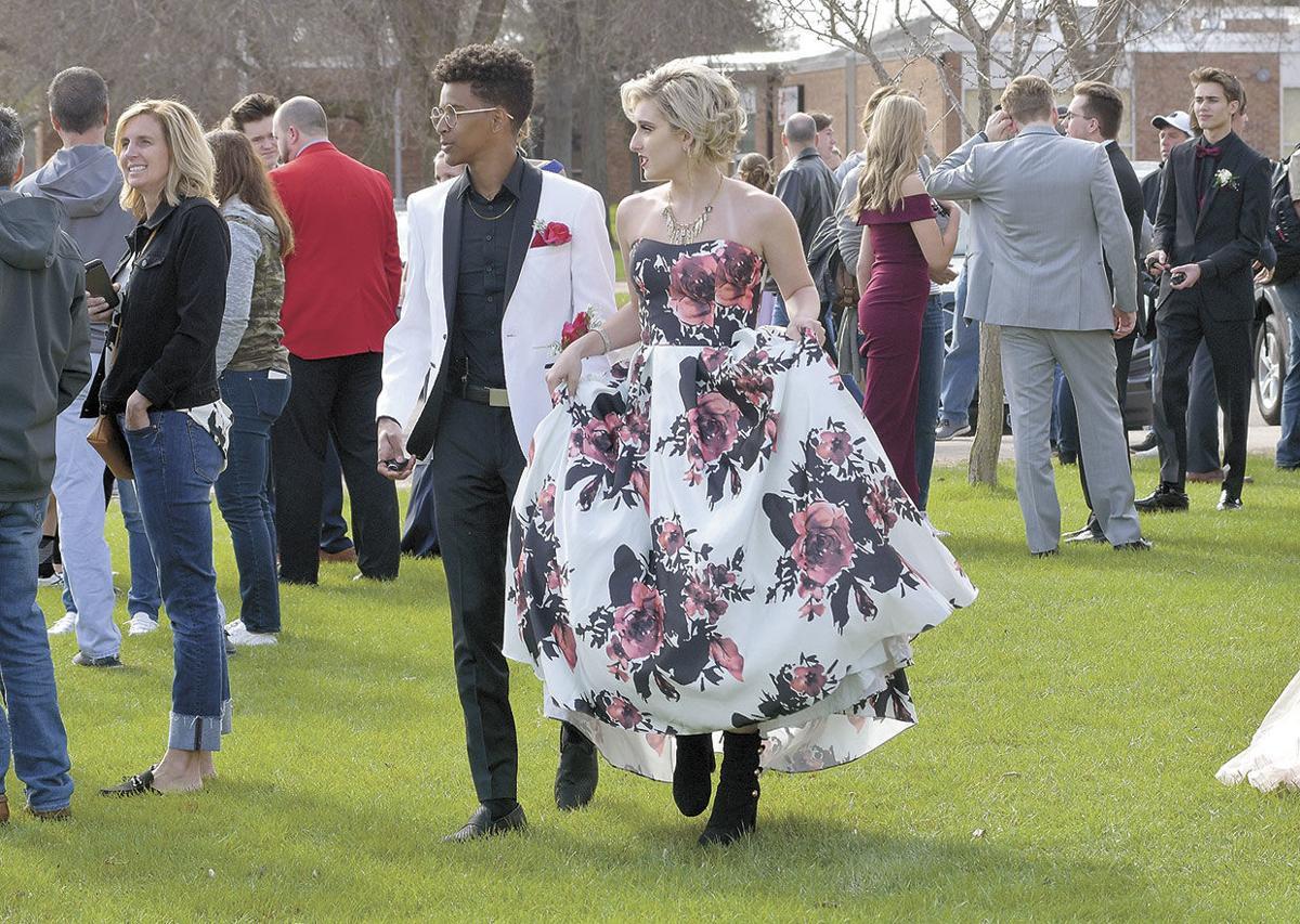 CHS-Prom-Grand-March-Lawn-Walk.jpg