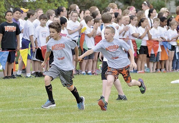 Elementary track and field   White Bear   presspubs com