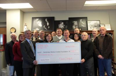 Masons, Knights donate $10,000 to Harbor Room