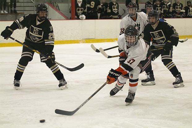 boys hockey bears 4 0 beat east ridge 5 0 in home. Black Bedroom Furniture Sets. Home Design Ideas