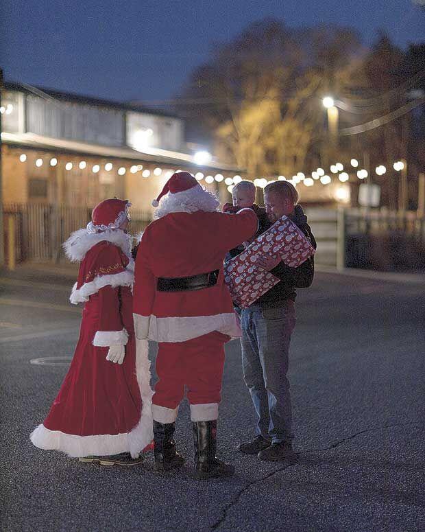 Santa rolls down every street in Lexington