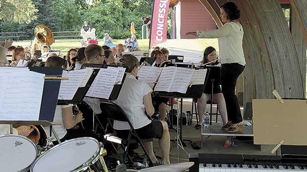 Centennial Community Band puts on show for alumni