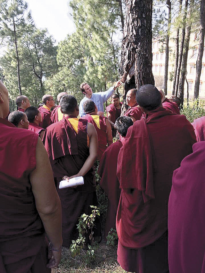 Biology teacher fulfills Dalai Lama's request for science education