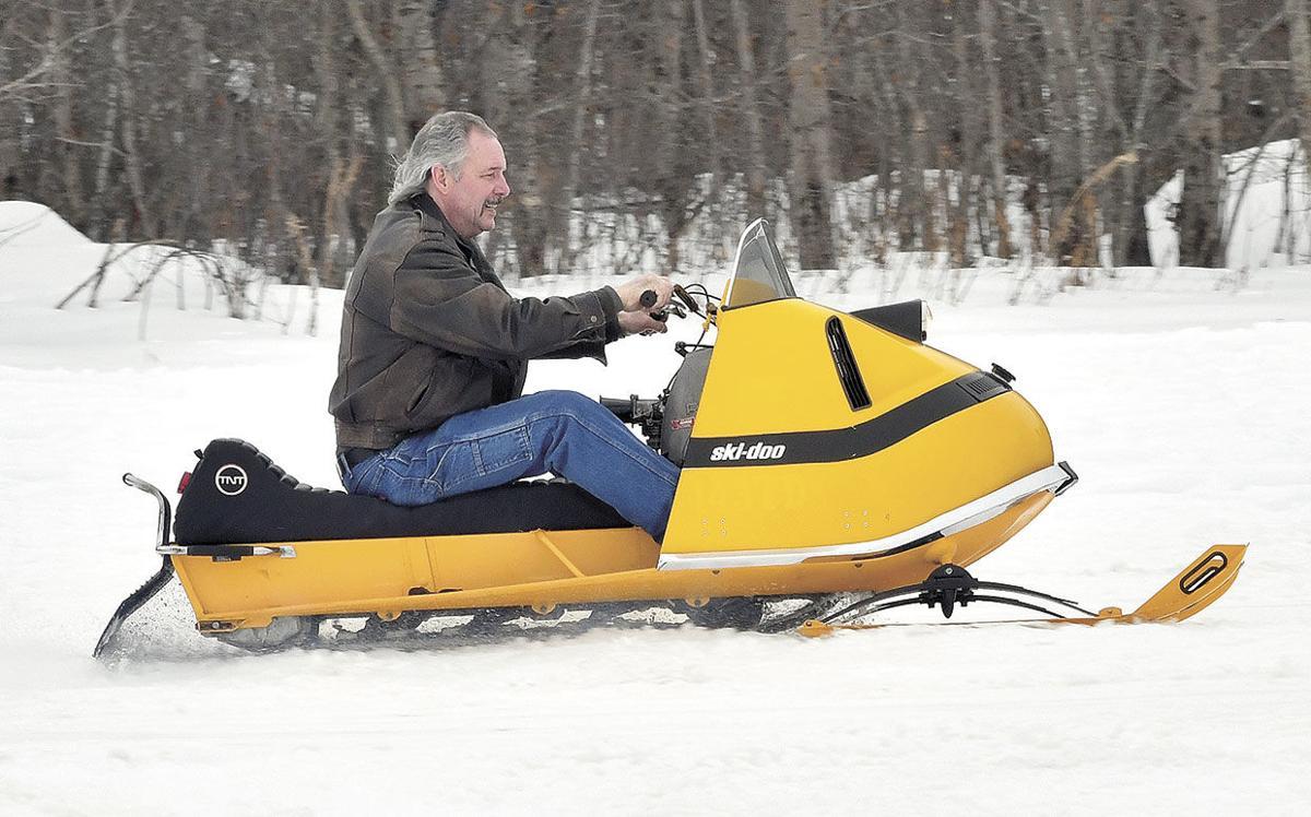 Vintage-Snowmobiles-Ski-Doo-Ride.jpg