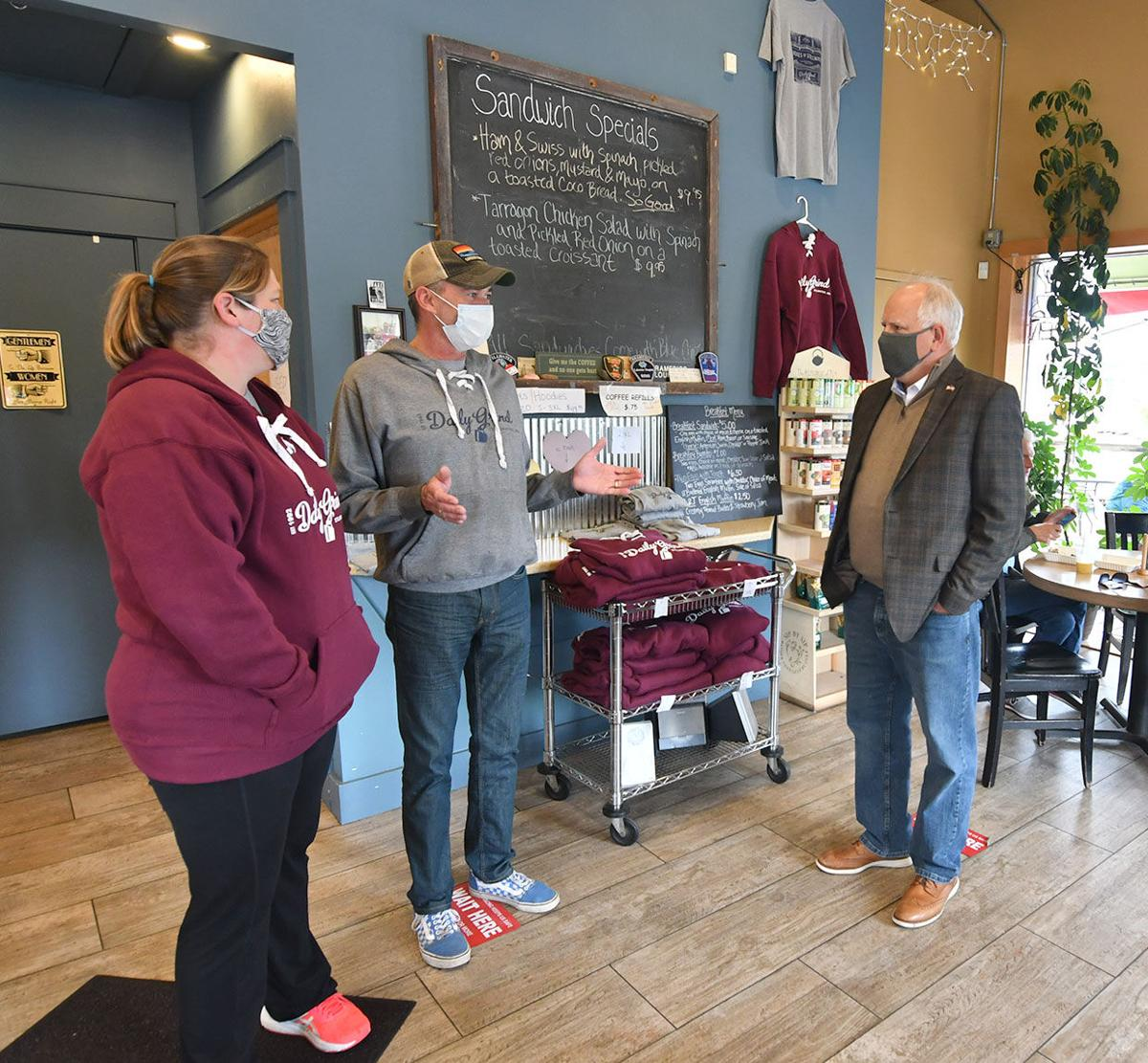 Governor visits small business owners in Stillwater