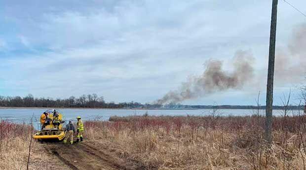 HFD battles brush fire near Egg Lake