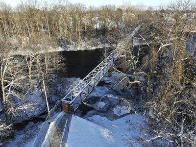 Footbridge costs rise to $660,000