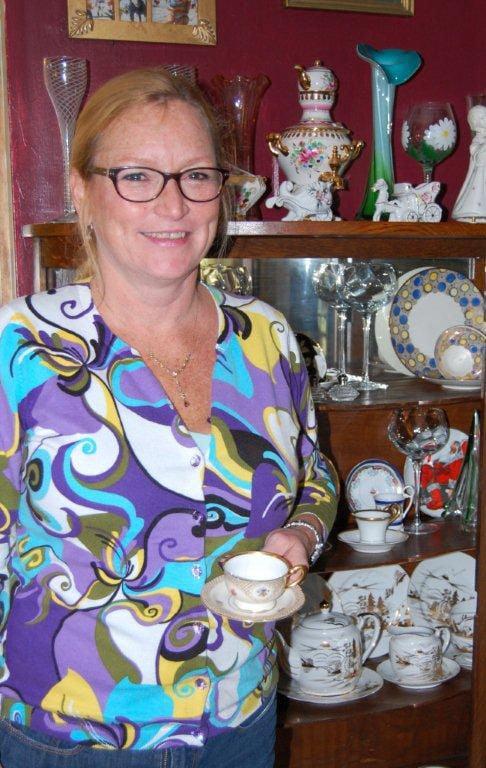 PPR teacup lady color 1112