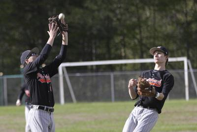 Peru clinches Division I title; PHS outlasts AuSable Valley