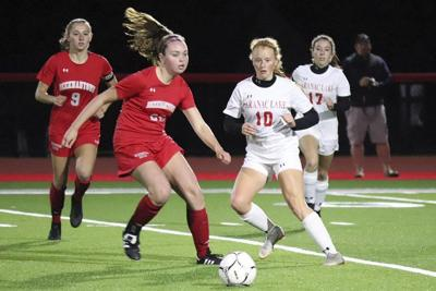 Eagles coast past Red Storm for 7-0 win