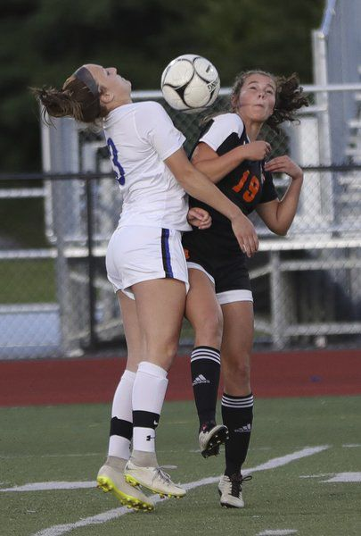Peru, PHS battle to 1-1 draw