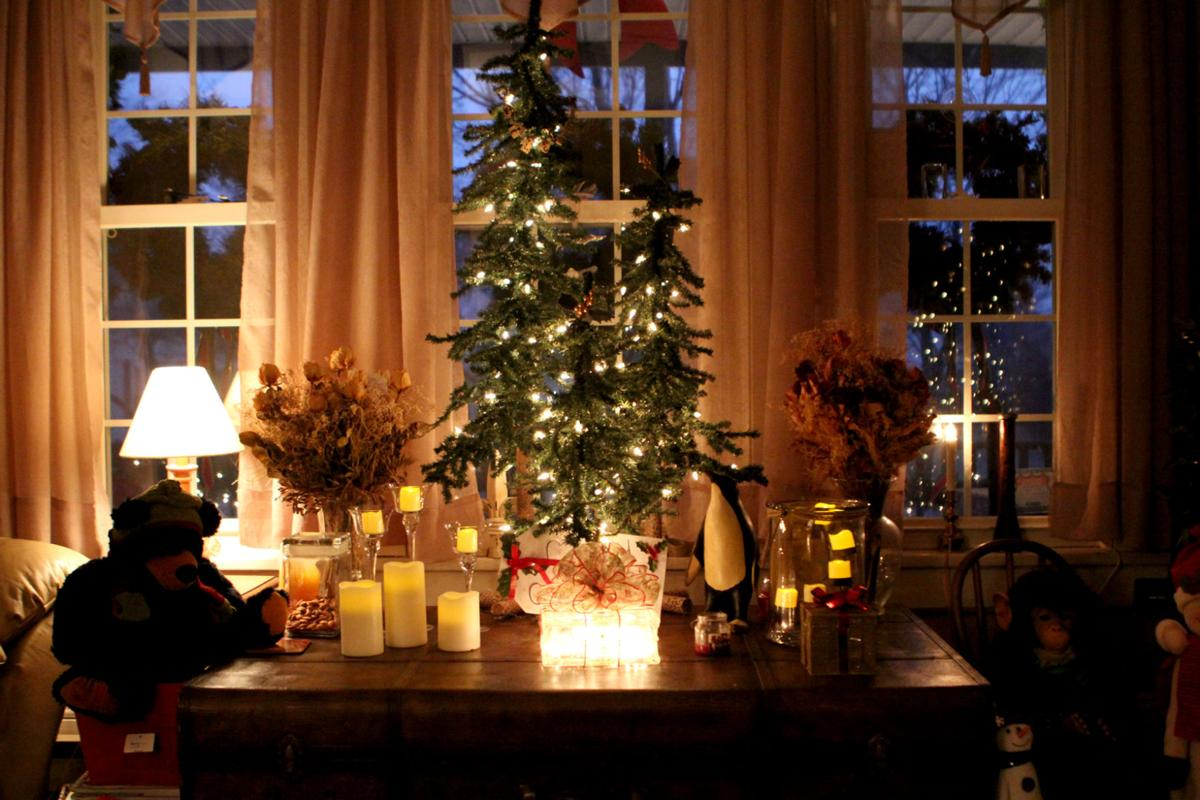 Old-fashioned Christmas marks Maille home | Local News ...