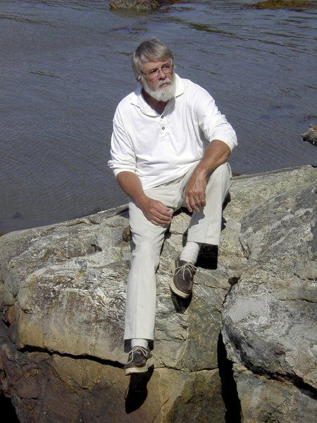 Former SUNY prof featured in Maine mag
