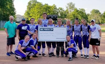 Xtreme presented with $1,000 grant