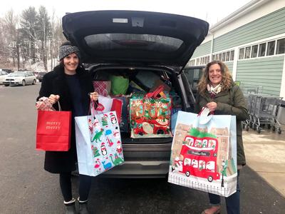 In Woodbury: Angel Tree Provides Gifts to the Needy