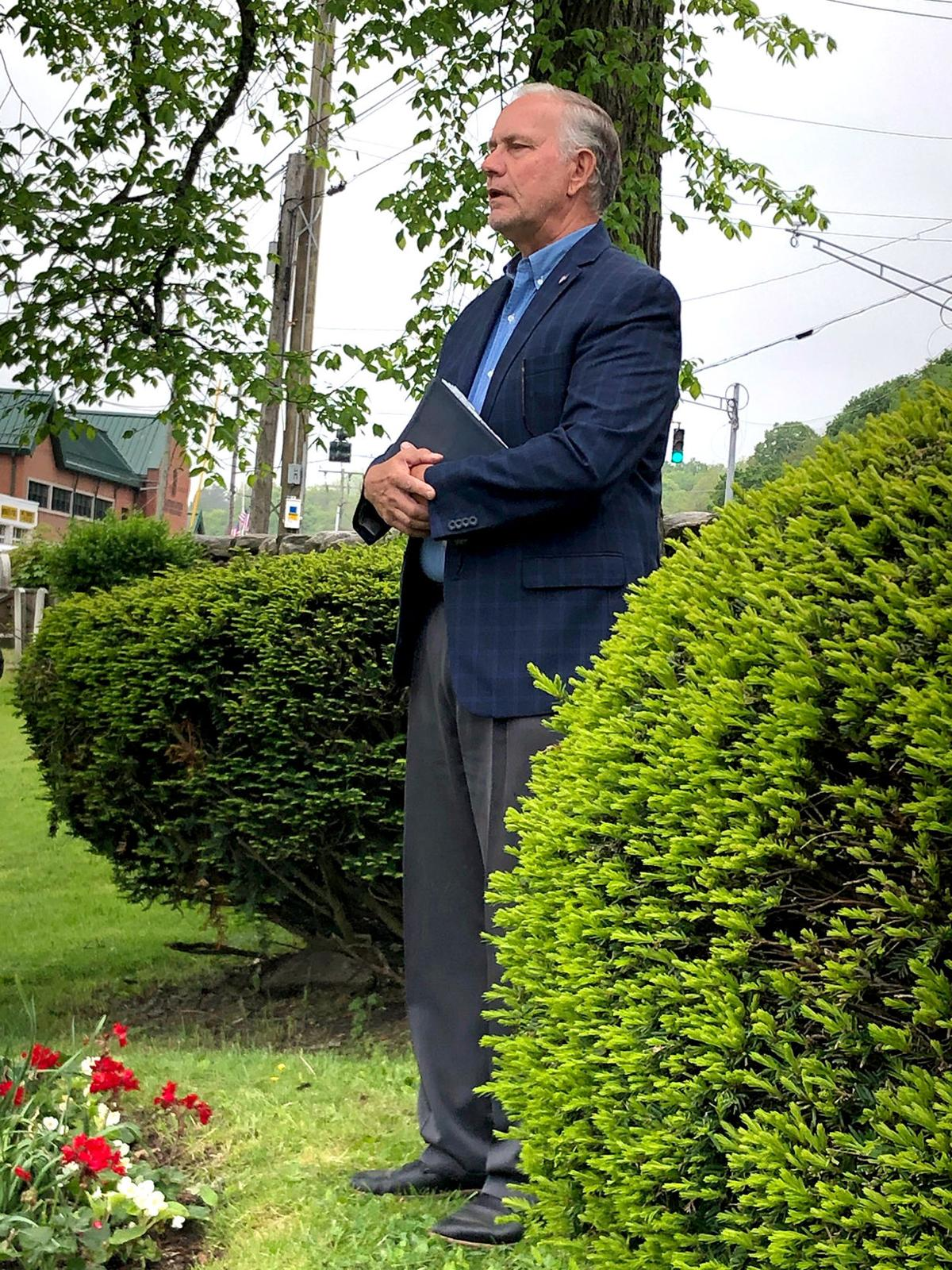 Somber, Meaningful Service Offered at Old Burying Grounds