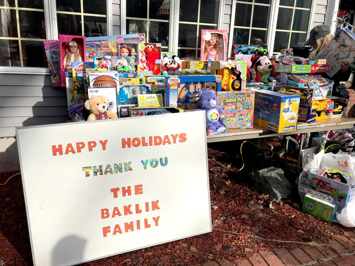 Seymour Couple Sets Christmas Breakfast to Aid Toys for Kids
