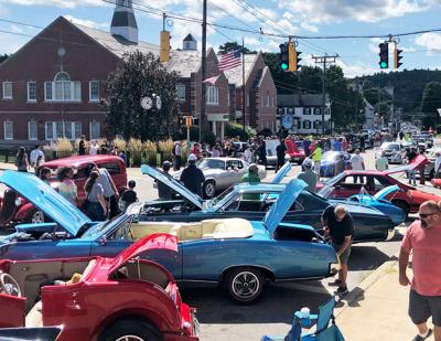 THOMASTON ANNUAL CAR SHOW