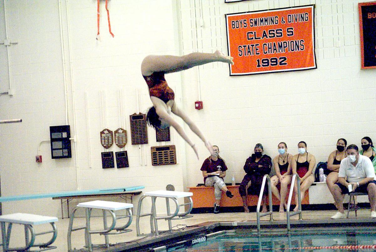 Girls Swim Tops Torrington, 91-76