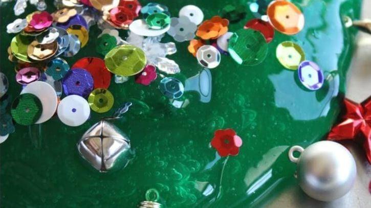 How To Make Christmas Tree Slime For The Holidays