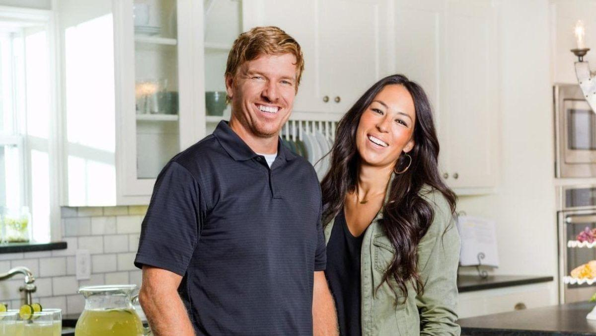 Joanna Gaines Shared A Photo Of Sons Drake And Duke's Bedroom, And The Design Is Genius