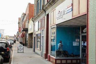 Mercer St storefronts