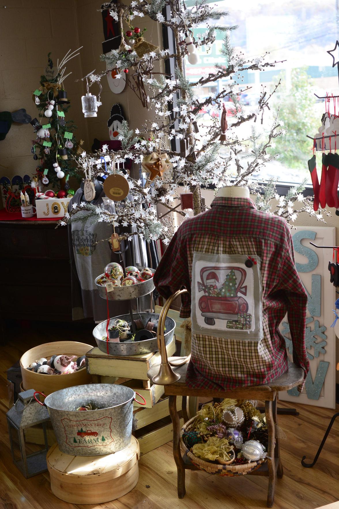 Holiday decor & gifts.jpg