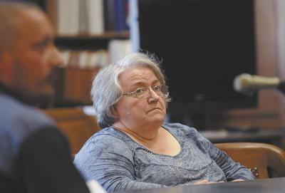 Cupcake mom faces civil suit for embezzlement | News | ptonline net