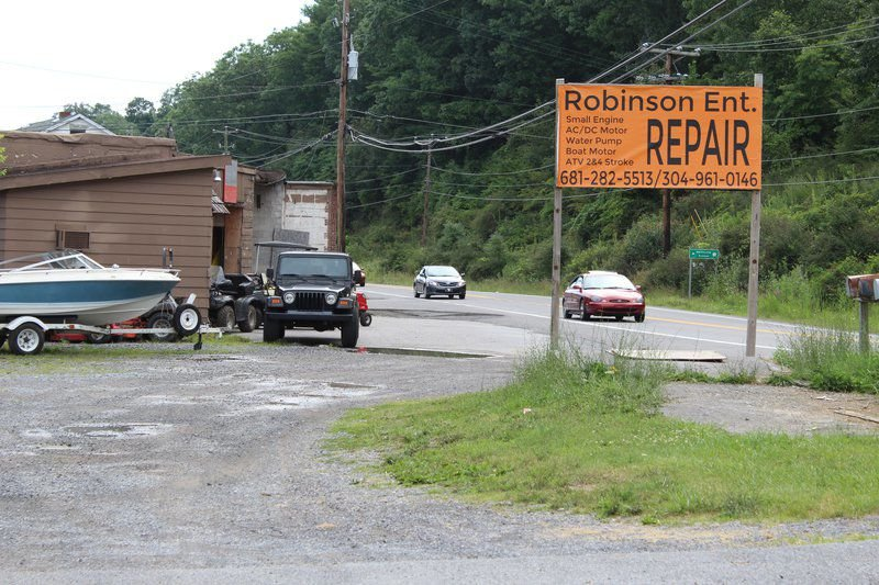 Robinson Enterprises Stays Busy Keeping Small Engines Running Local News Ptonline Net
