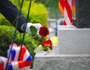 Honoring six soldiers who died on 9/11 3