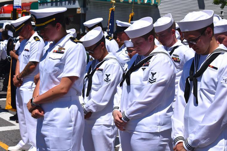Glendale and Ridgewood salute fallen vets 3