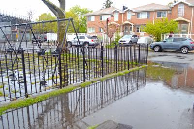 Flood control: work in progress in S. Queens 1