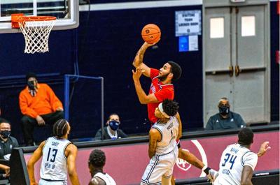 Johnnies struggle in Big East play — again 1