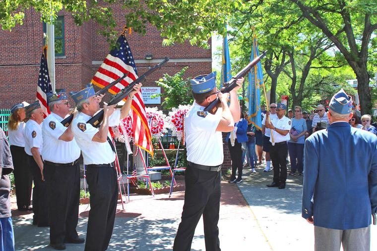 Woodside holds its venerable parade 7