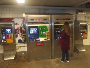 MetroCard machines are back up in Forest Hills