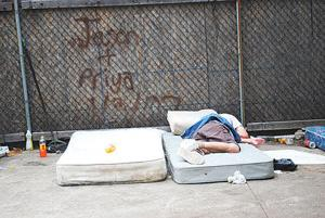 War on homelessness rages on in NYC 1