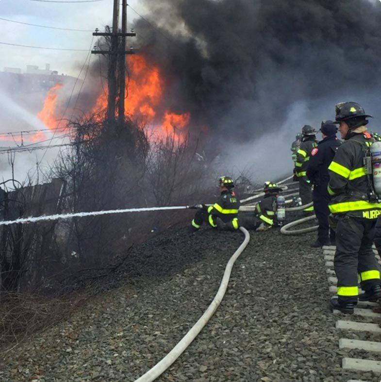 Hollis blaze shuts down LIRR service 1