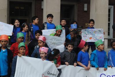 Keep afterschools open, advocates say