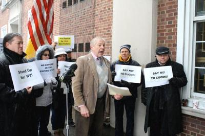 Republicans gather to protest Cuomo 1
