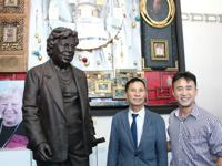 Shulman honored in 6-foot bronze