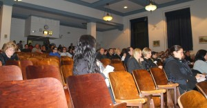 Frustrated residents lash out at meeting 1