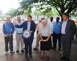 Pols criticize Con Edison over $3.3M 1
