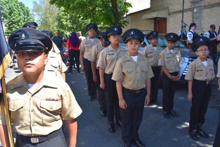 Glendale and Ridgewood salute fallen vets 6