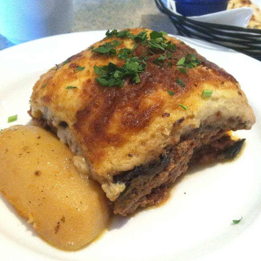 Authentic Greek cuisine in Howard Beach 2