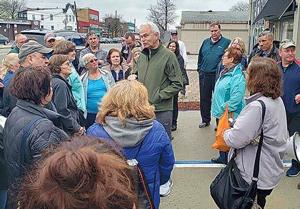 Cooper Avenue rally goes to Long Island