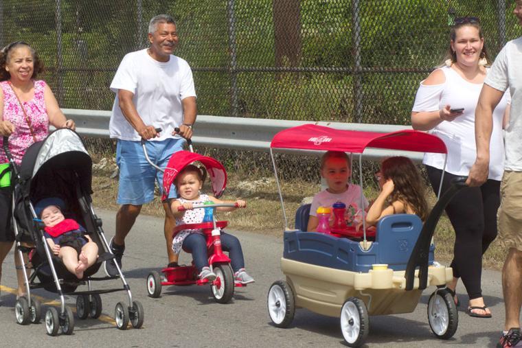 Baby grand parade 3