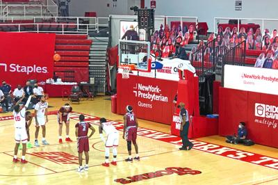 Johnnies avoid upset, look to conference play 1